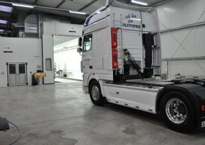 Moderne Lackieranlagen für LKW und Energie sparen